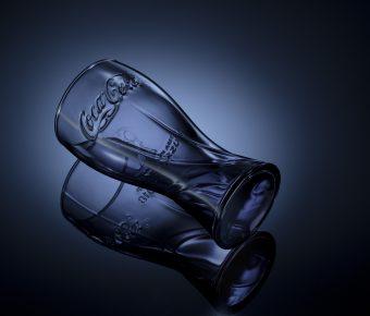 用五支燈拍攝可口可樂世足紀念玻璃杯 職業級商攝佈光教學